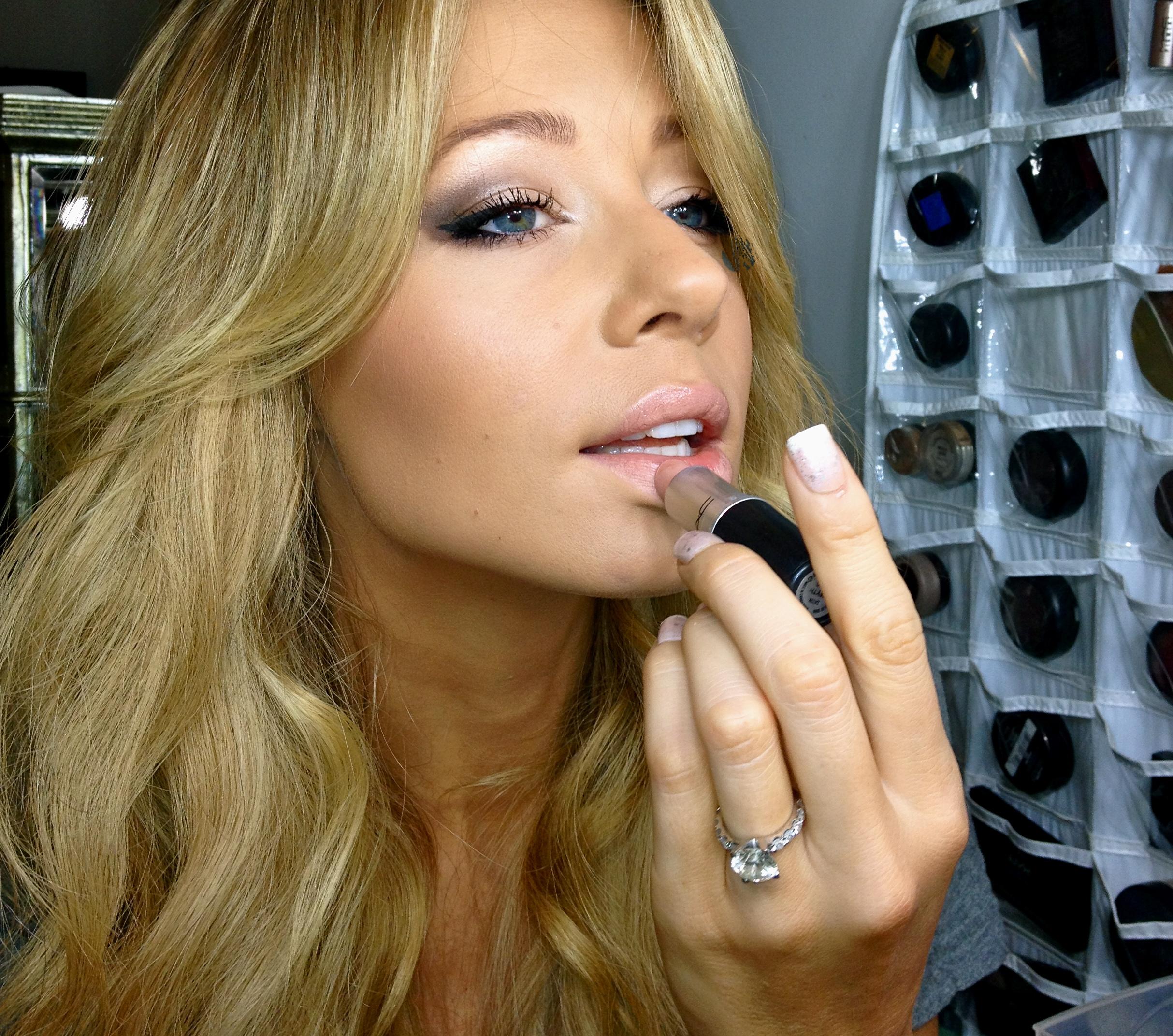 Sunset Blonde: My Favorite Makeup Look - VIVA GLAM MAGAZINE